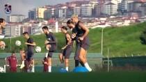 TRABZONSPOR - Trabzonspor Kulübü Eski Asbaskanlarindan Hikmet Onur'un Cenazesi Topraga Verildi