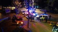 ARAÇ KULLANMAK - Genç Kizin Polisten Kaçisi Kazayla Noktalandi