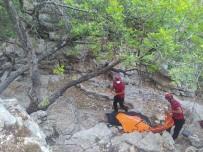 VOLTAİRE - Likya Yolunda Yürüyüs Yapan Gurbetçi, Kayaliklardan Düserek Hayatini Kaybetti
