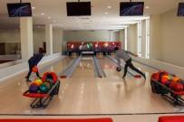 BOWLING - Bayburt Üniversitesi Konukevi, Bowling Salonu Ve Kiraathane Hizmete Basladi