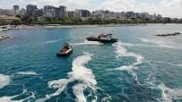 CADDEBOSTAN - Caddebostan Sahili'nde Deniz Salyasi Temizligi Devam Ediyor