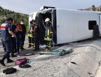 Denizli'de tur otobüsü devrildi!