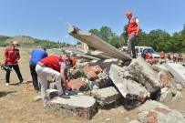 MATEMATIK - Egitimcilerden Gerçegi Aratmayan Deprem Tatbikati