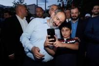 SERJ SARKISYAN - Ermenistan Basbakani Pasinyan, Azerbaycan'dan Ogluna Karsi Tüm Ermeni Esirleri Geri Istedi