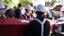 ANTAKYA - Hatay'da Belediye Baskanlari Sehit Jandarma Uzman Çavus Adil Yilmaz'in Ailesini Ziyaret Etti