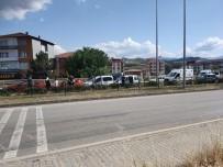 VOLKSWAGEN - Karabük'te 4 Araçli Zincirleme Kaza Açiklamasi 2 Yarali