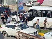 BOKS - Trafik Kazasi Sonrasi Cadde Boks Ringine Döndü