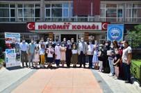 KİTAP OKUMA - 'Terme Ile Kitap Oku Türkiyem' Projesinde 10 Bin Kitap Dagitildi