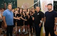 ATATÜRK SPOR SALONU - Valilik Kupasi'nin Birincisi Turgutlu Belediyespor Oldu