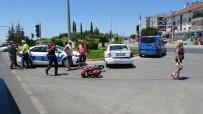 TEVFİK FİKRET - Zincirleme Kazada Motosiklet Sürücüsü Ölümden Döndü