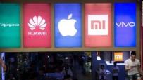 Apple'ı tahtından etti! Telefon sektörünün lideri o firma oldu!