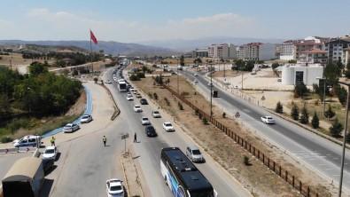 43 Ilin Geçis Güzergâhinda Bayram Trafigi Açiklamasi Günlük 100 Binin Üzerinde Araç Geçiyor
