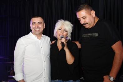 Isadami Gökhan Reis'in Açtigi Restoranda Intizar Sahne Aldi