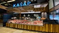 KASAPTA ET ÇEKTİRME - İstanbul'da kasap ve bakkallar birbirine girdi! 'Ekmeğimize göz diktiler'