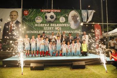 Körfez'de Minikler Futbol Turnuvasi Düzenlendi