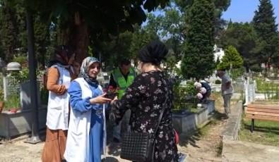 Ordu'da Kabristanlarda Kur'an-I Kerim Tilaveti