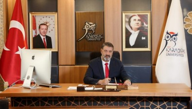 Rektör Prof. Dr. Polat'tan Kurban Bayrami Mesaji