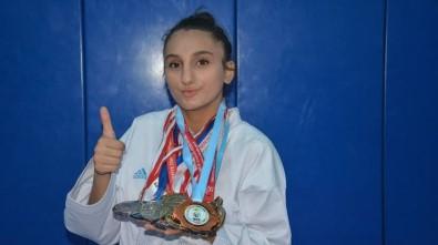 Uygur, Türkiye Sampiyonu Olarak Döndü