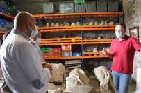 CELAL BAYAR ÜNIVERSITESI - Aigai Antik Kenti Geçmise Isik Tutuyor