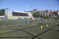 KEMERBURGAZ - Eyüpsultan'da Yaz Spor Okullari Basladi