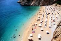 ÇEKIM - (Özel) Normallesmeyle Birlikte Dünyaca Ünlü Kaputas Plaji'na Yogun Ilgi