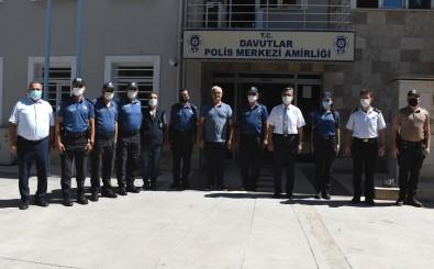 Baskan Vekili Hayati Atli'dan Güvenlik Güçleri Ve Saglik Çalisanlarina Bayram Ziyareti
