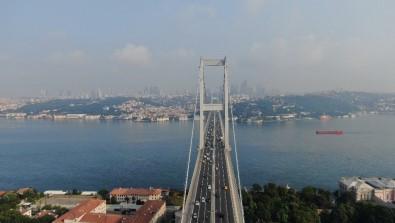 Istanbul'da Bayramda Yollar Bos Kaldi