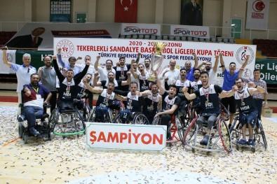 Izmir Büyüksehir Belediyespor'un Lisansli Sporcu Sayisi Bin 100'E Ulasti