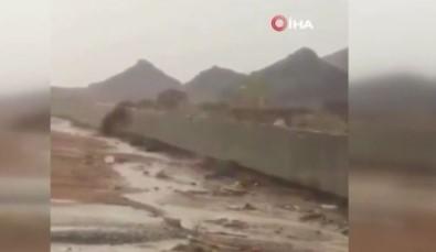 Suudi Arabistan'in Necran Eyaleti Sel Sularina Teslim Oldu