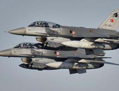 Türk F-16'larından Baltık Denizi'nde!