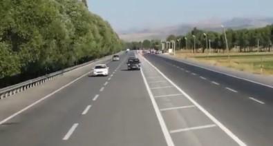 Bitlis'te Jandarmadan Drone Ile Trafik Kontrolü