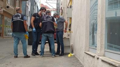Bursa'da Esrarengiz Patlama Sonucu 1 Kisi Yaralandi