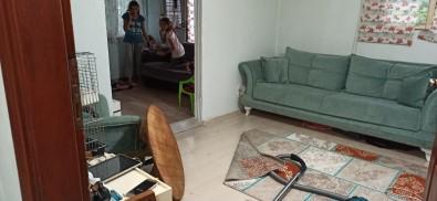 Düzce'de Su Taskini Köy Yollarini Kapatti