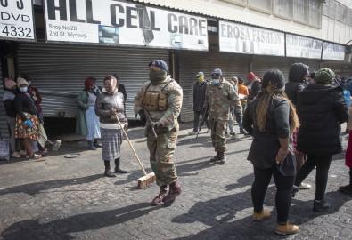 Güney Afrika'daki Protestolarda Can Kaybi 276'Ya Yükseldi