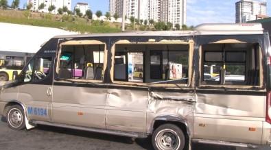 Küçükçekmece'de Belediye Otobüsü Ile Dolmus Çarpisti Açiklamasi 11 Yarali