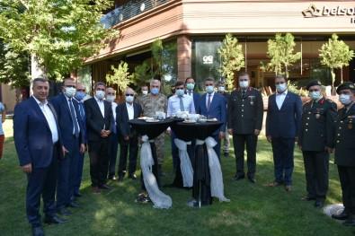 Malatya'da Bayramlasma Töreni Düzenlendi