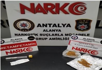 Alanya'da Uyusturucu Operasyonu Açiklamasi 2 Gözalti