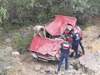 Pasinler'de Trafik Kazasi Açiklamasi 1 Ölü