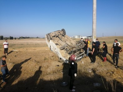Van'da Minibüs Tarlaya Uçtu Açiklamasi 4 Yarali