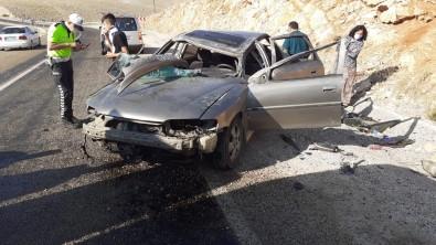 Viraji Alamayan Otomobil Takla Atti Açiklamasi 5 Yarali