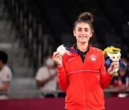 Bursa Büyüksehir'li Hatice Kübra Olimpiyatlarda Tarih Yazdi