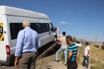Dügün Konvoyunda Zincirleme Kaza Açiklamasi 8 Yarali