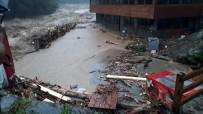Meteoroloji'den Trabzon, Rize Ve Artvin Için Siddetli Yagis Uyarisi