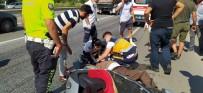 Motosikletinin Hakimiyetini Kaybeden Sürücü Yaralandi