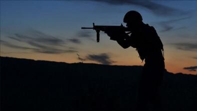 Bakan Hulusi Akar'dan flaş açıklama: 12 terörist etkisiz hale getirildi