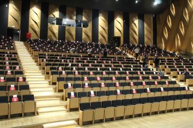 Denizlispor'da Kimsenin Katilmadigi Seçim Yine Ertelendi