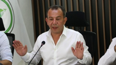 CHP'li başkan Tanju Özcan: Birer tane göçmeni evinize alıp baksanıza