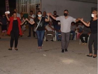 Adana'da yangın varken CHP'li Ceyhan Belediyesi 'vur patlasın çal oynasın' şenlik düzenledi!