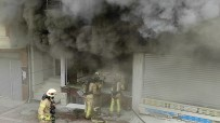 MOBİLYA - Esenyurt'ta Mobilya Dükkaninda Korkutan Yangin