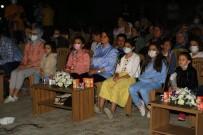 TİYATRO - Usak'ta Gezici Tiyatro Son Oyununu Sahneledi